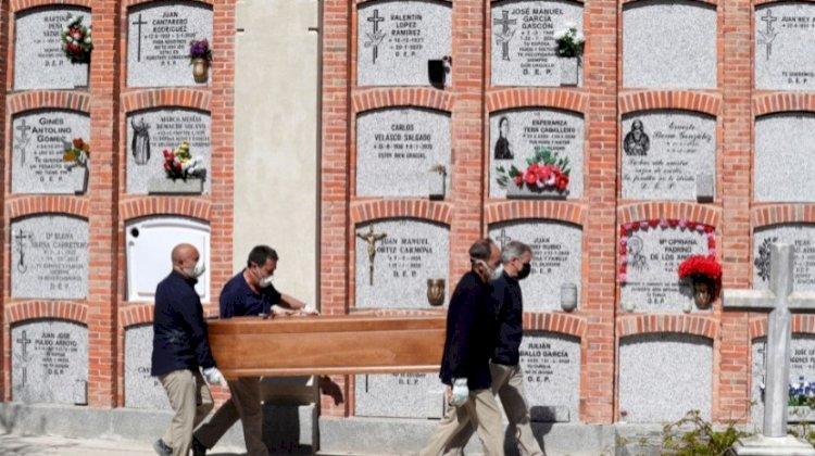 Covid-19: Espanha tem ligeiro aumento diário de mortes para 281